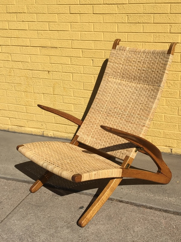 Featured Chair (click To Enlarge) A Hans Wegner ...